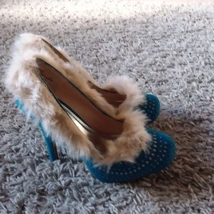 Anne Michelle teal heels with faux fur trim size 8